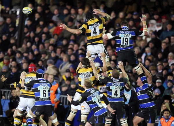 BATH, ENGLAND - NOVEMBER 27: Marty Veale of London Wasps reaches for the line out ball during the Aviva Premiership game between Bath and London Wasps at the Recreation Ground on November 27, 2010 in Bath, England. (Photo by Matt Cardy/Getty Images)