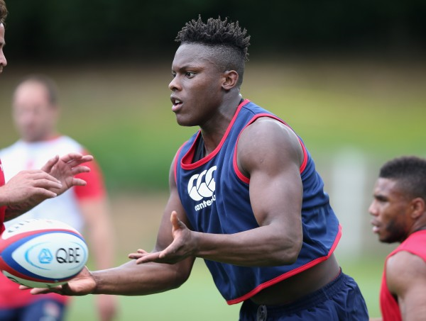 BAGSHOT, ENGLAND - JULY 08: Maro Itoje runs with the ball during the England training session held at Pennyhill Park on July 8, 2015 in Bagshot, England. (Photo by David Rogers/Getty Images)