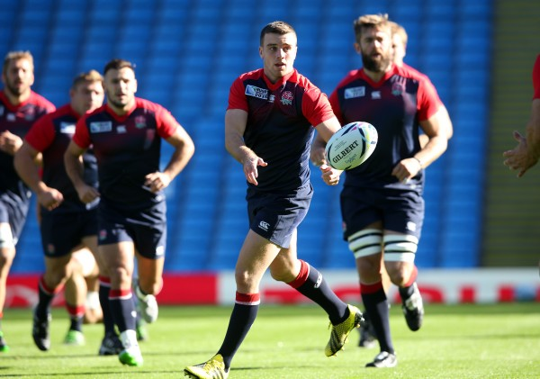 MANCHESTER, ENGLAND - OCTOBER 09: George Ford passes the ball during the England captain's run at the City of Manchester Stadium on October 9, 2015 in Manchester, England. (Photo by David Rogers/Getty Images)