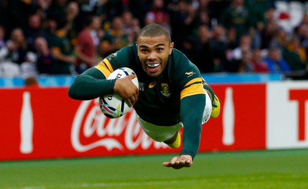 LONDON, ENGLAND - OCTOBER 07: (Re-transmission of #491690038 with alternative crop) Bryan Habana of South Africa goes over for their third try during the 2015 Rugby World Cup Pool B match between South Africa and USA at Olympic Stadium on October 7, 2015 in London, United Kingdom. (Photo by Shaun Botterill/Getty Images)