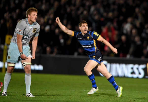 WORCESTER, ENGLAND - OCTOBER 16: Tom Heathcote of Worcester celebrates after kicking the winning drop goal during the Aviva Premiership match between Worcester Warriors and Northampton Saints at Sixways Stadium on October 16, 2015 in Worcester, England. (Photo by Ross Kinnaird/Getty Images)