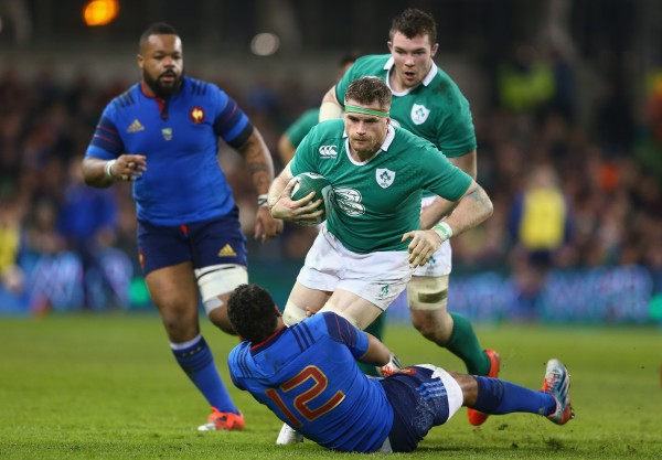 DUBLIN, IRELAND - FEBRUARY 14: Jamie Heaslip of Ireland is in control as Wesley Fofana of France challenges during the RBS Six Nations match between Ireland and France at the Aviva Stadium on February 14, 2015 in Dublin, Ireland. (Photo by Michael Steele/Getty Images)