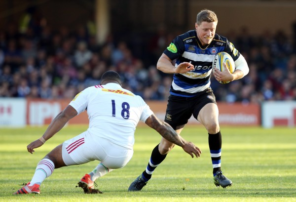 BATH, ENGLAND - OCTOBER 31:  Rhys Priestland of Bath Rugby cuts inside Kyle Sinckler of Harlequins during the Aviva Premiership match between Bath Rugby and Harlequins at the Recreation Ground on October 31, 2015 in Bath, England.  (Photo by David Jones/Getty Images)