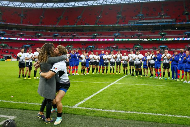 florin-surugiu-of-romania-proposes-to-his-girlfriend-after-the-2015-rugby-world-cup-pool-d-match-between-ireland-and